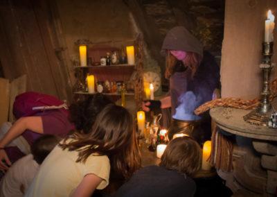 atelier dans le donjon du château